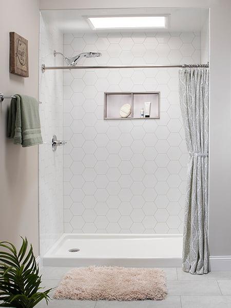Grayline Reveal Pattern on White Walk-in Shower