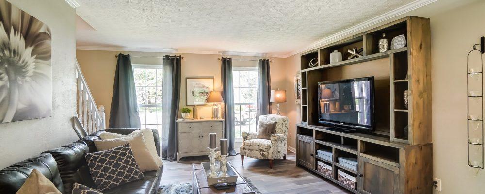 Livingroom replacement windows