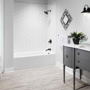 hexagon tiled bathtub